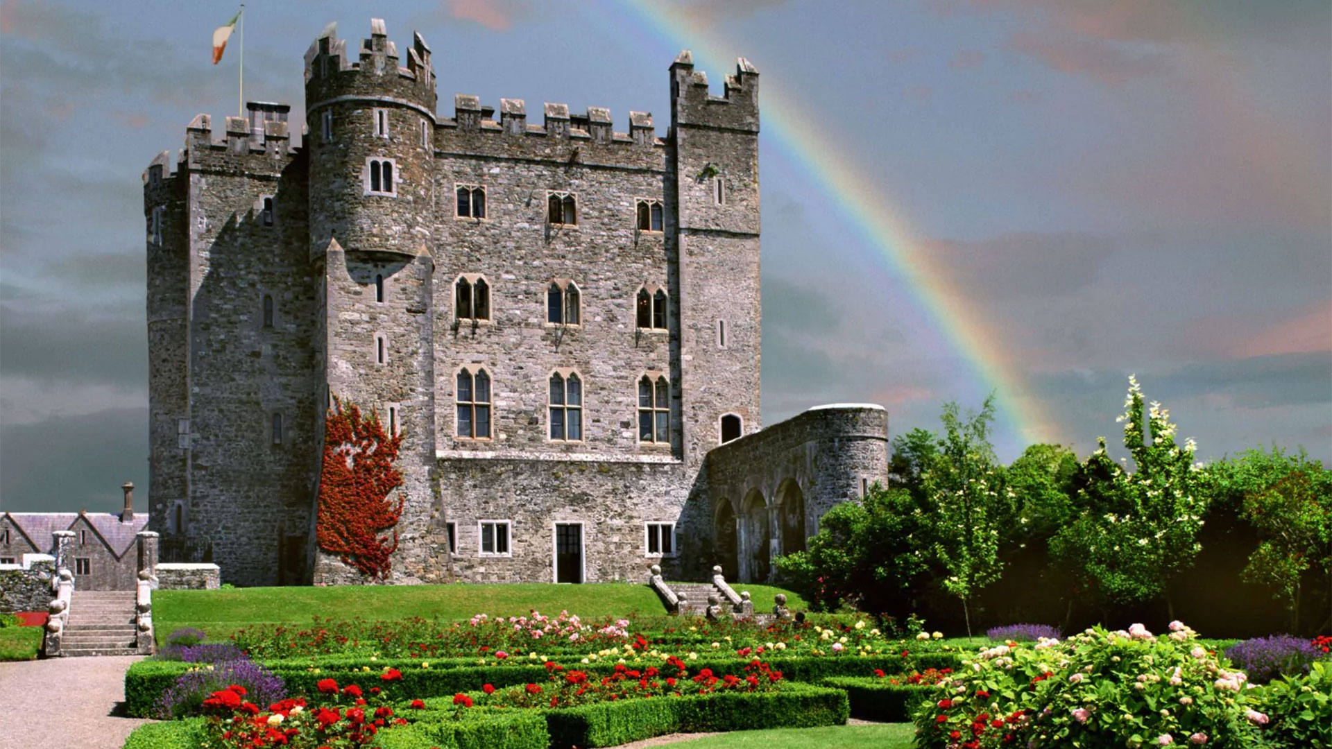 Hotel Scoop Com Best Places To Stay In Ireland Kilkea Castle Estate Amp Golf Club